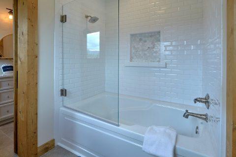 4 Bedroom 3.5 Bath Sleeps 10 Gatlinburg Vacation - Smokey Mountain High