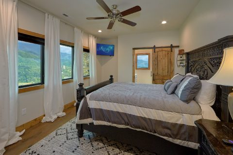 4 Bedroom 3.5 Bath with 3 King Beds - Smokey Mountain High