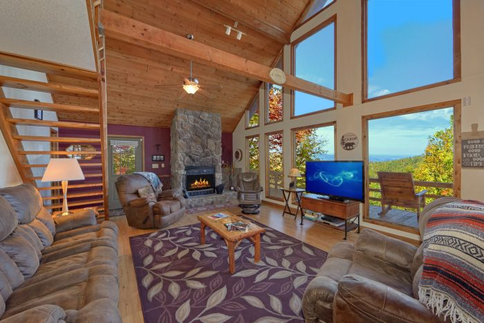 3 Bedroom cabin with Large Stone fireplace - Smokeys Dream Views