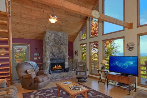 Rustic 3 bedroom cabin with Fireplace and Views - Smokeys Dream Views