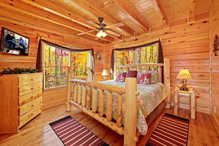 Cabin with King Bedroom - Smokies View