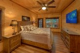 Premium 3 bedroom cabin with Master King Bedroom