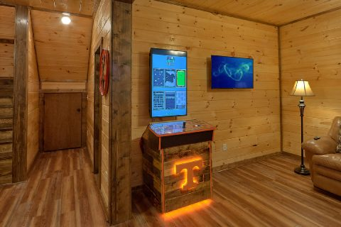3 bedroom cabin with multi game arcade games - Smoky Bear Lodge