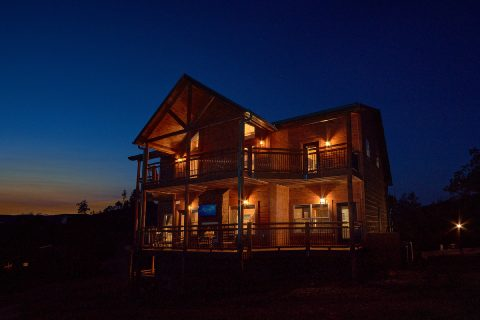 3 bedroom cabin in Smoky Mountain Ridge Resort - Smoky Bear Lodge