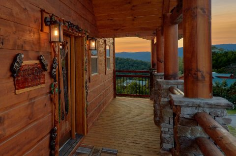 3 bedroom Wears Valley cabin with indoor pool - Smoky Bear Lodge