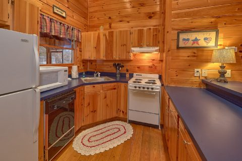2 Bedroom Cabin with Fully Equipped Kitchen - Smoky Hilltop