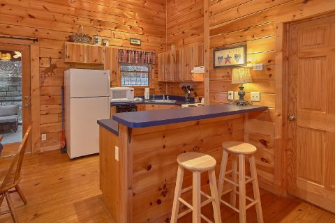 2 Bedroom Cabin close to downtown Gatlinburg - Smoky Hilltop