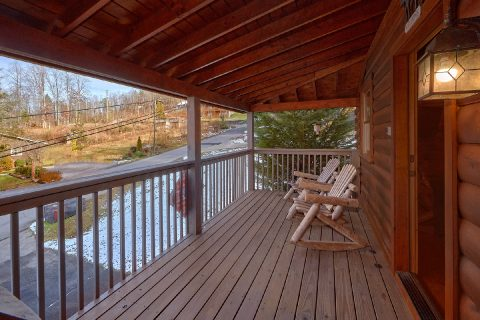 2 Bedroom Cabin in Gatlinburg Sleeps 6 - Smoky Hilltop