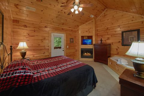 7 Bedroom Cabin with double master suites - Smoky Mountain Lodge