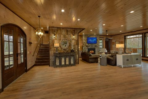 15 bedroom cabin rental in Hibernation Station - Smoky Mountain Masterpiece