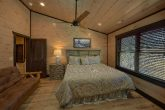 Premium 15 bedroom cabin rental Master Bedroom