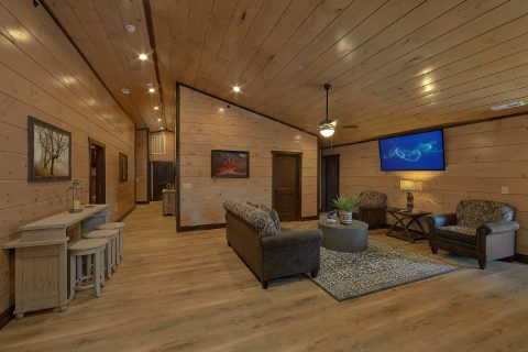 15 bedroom cabin with 2 spacious living rooms - Smoky Mountain Masterpiece