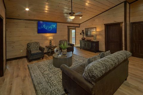 2 Living Rooms in 15 bedroom luxury cabin rental - Smoky Mountain Masterpiece