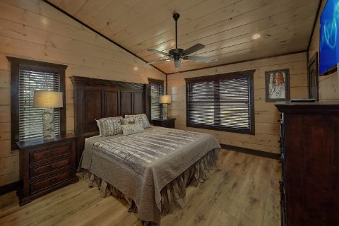 15 bedroom cabin with 12 Master Bedrooms - Smoky Mountain Masterpiece