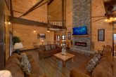12 Bedroom Cabin with Stone fireplace