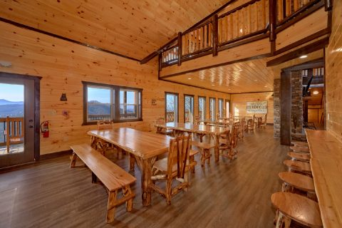 12 Bedroom cabin with Dining Room for 48 - Smoky Mountain Memories