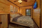 12 Bedroom cabin with 9 King Beds