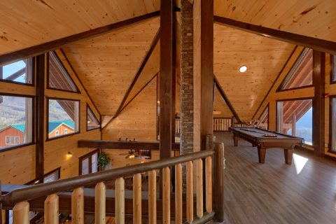 12 Bedroom cabin with Pool Table and Game Room - Smoky Mountain Memories