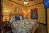 Luxurious Cabin for Groups with 12 Bedrooms