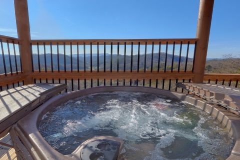 Luxurious 12 Bedroom cabin with 2 Hot Tubs - Smoky Mountain Memories