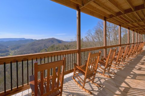 Premium 12 bedroom cabin with Mountain Views - Smoky Mountain Memories