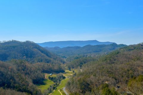 Mountain Views from 12 bedroom Luxury cabin - Smoky Mountain Memories