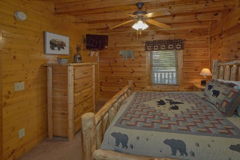 5 bedroom with 4 King beds and 4 Twin Beds - Smoky Mountain Retreat