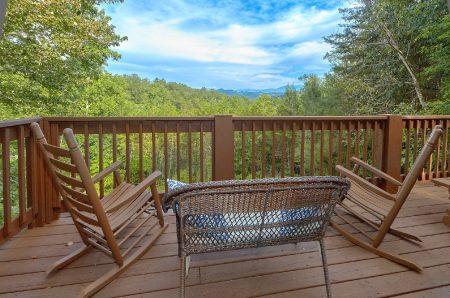 Candle Light Cabin: 2 Bedroom Sevierville Cabin Rental