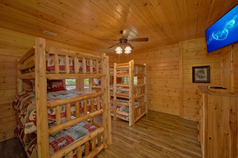 Wears Valley Cabin with Bunk Bedroom for 6 - Soaring Ridge Lodge