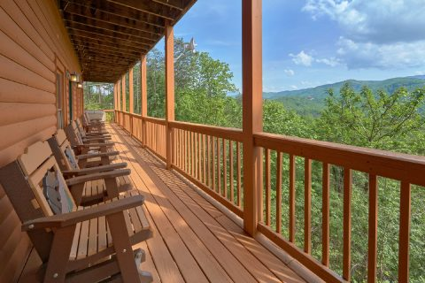 Luxurious 5 bedroom cabin in Wears valley - Soaring Ridge Lodge