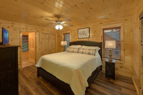 Pigeon Forge Cabin 4 Bedroom Cabin Sleeps 12 - Song of the South