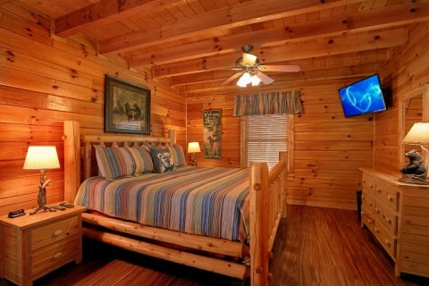 Luxurious Cabin with 2 Private King Bedrooms - Southern Comfort