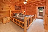 Smoky Mountain Cabin with 2 Cozy King Beds