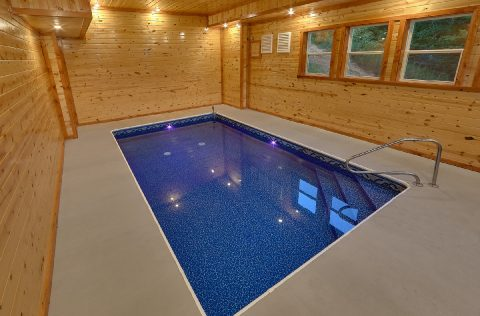 Spacious 6 Bedroom Cabin with Private Pool - Splashin On Majestic Mountain