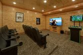 Spacious 6 Bedroom Cabin with Theater Room