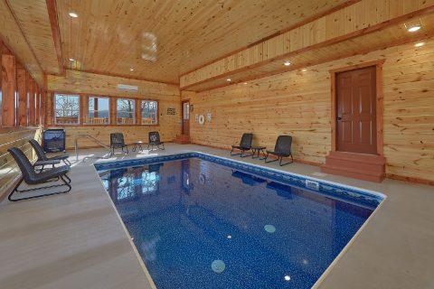 Luxury Cabin with Private Indoor Pool and WiFi - Splashin On Smoky Ridge