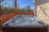 Luxury 6 Bedroom Cabin with Large Hot Tub