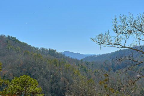 6 Bedroom Cabin with Pool and Mountain View - Splashin On Smoky Ridge