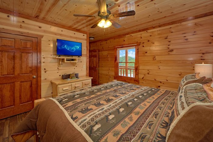 6 Bedroom Cabin with a TV in Every Bedroom - Splashin' With A View