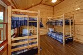 6 Bedroom Cabins with 2 Bunk Beds