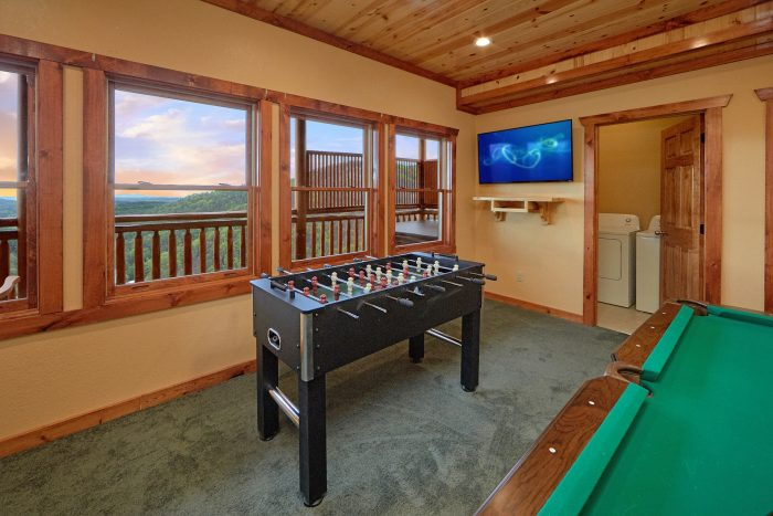 6 Bedroom Cabin with a Game Room - Splashin' With A View
