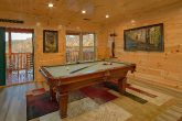 4 bedroom cabin with Pool Table and private pool