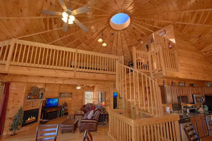 3 Bedroom Cabin with Game Room and Loft - Star Gazer