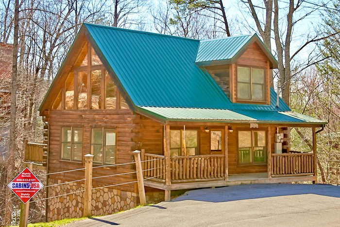 smoky mountains honeymoon cabin affordable pigeon forge cabin