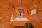 Cabin with private Jacuzzi Tub