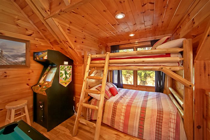 Cabin with bunk beds - Starry Night