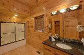 9 bedroom cabin with Private Master bathroom