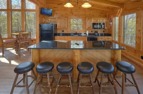 Cabin with 2 Full Kitchens and Game room - Summit View Lodge