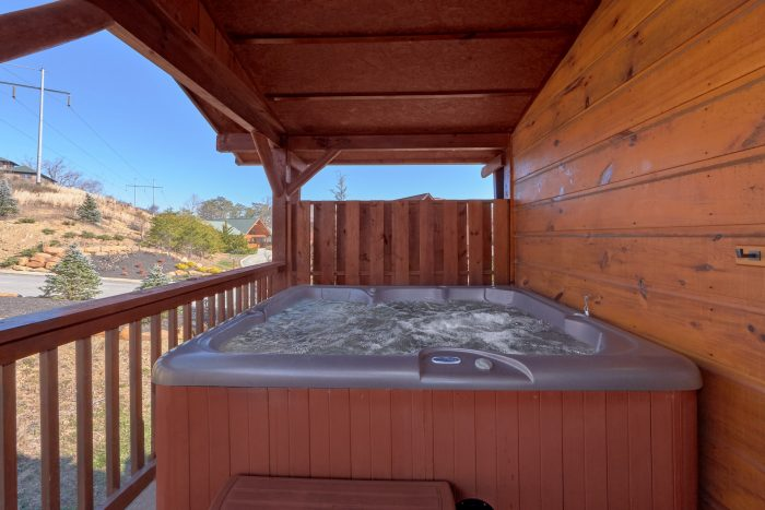 3 Bedroom Cabin with Resort Swimming Pool Access - Sundaze