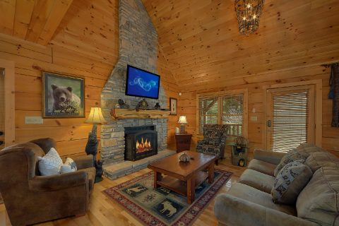 Spacious 3 Bedroom 2.5 Bath Cabin Sleeps 8 - Sweet Mountain Air
